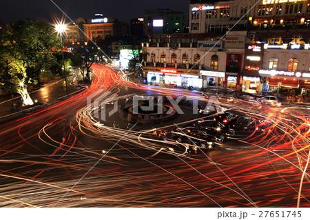 東京義塾広場の写真素材 - PIXTA